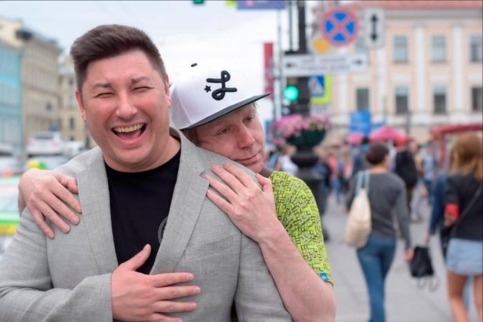 Михаил Шитов, Дэн Романов