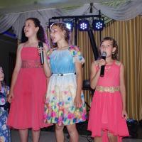 Настина Свадьба  Старались сёстры для сестрички -и пели звонко, громко, лично!